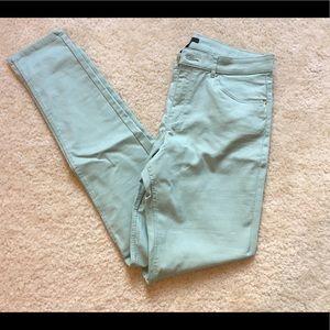 🆕 NWOT H&M Sea Foam Green Stretch Skinny Jeans